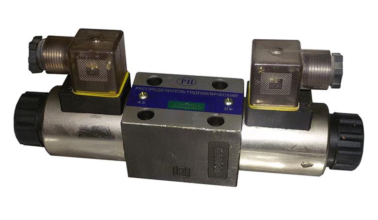 Золотниковый распределитель с электромагнитным управлением